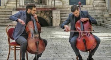 Ljubavna priča 2CELLOS snimljena u Splitu!