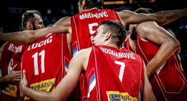 U finalu ovogodišnjeg EuroBasketa igrat će Slovenija i Srbija