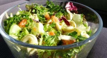 Idealan prilog: Pet salata koje možete jesti uz roštilj (ili umjesto roštilja)