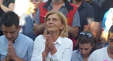 Gospina poruka preko vidjelice Mirjane: Vi koji trpite, znajte da će vaše boli postati svjetlo i slava!