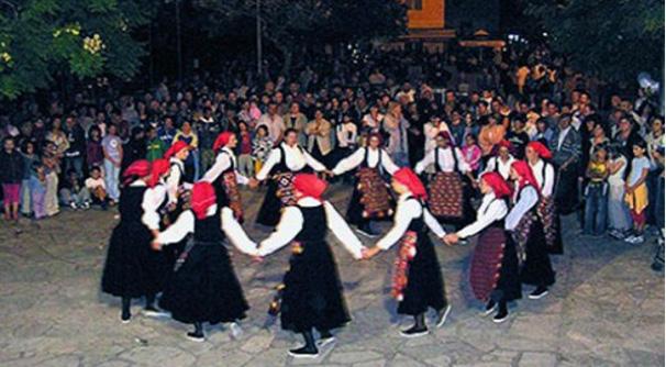 Kako su se nekada mladi družili u Hercegovini: Derneci -centri druženja i trgovine