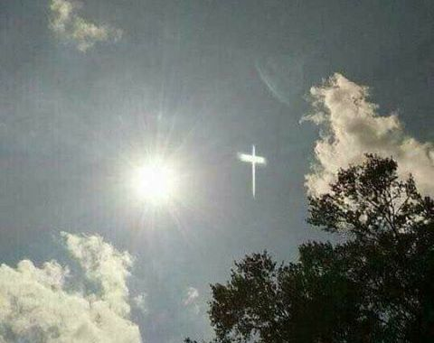 Međugorje: Na nebu se pojavio znak u obliku križa