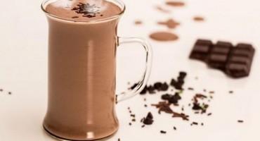 Pet razloga da ove jeseni pijete kakao