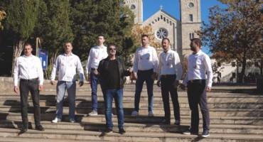 Zdravko Ćurić & Sinovi Hercegovine predstavili spot i pjesmu Možeš li mi oprostiti zemljo mojih pradjedova