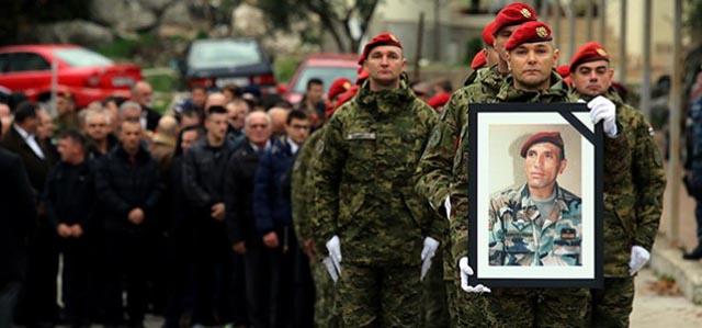 Vrgorac se oprašta od Davora Jovića: 'Postao je legenda za života, simbol hrabrosti, poštenja i svega onoga što hrvatski vojnik