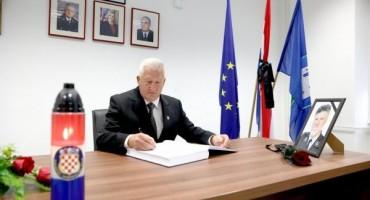 Spremna dokumentacija za optužnice protiv generala Armije BiH koji su ratovali u Hrvatskoj