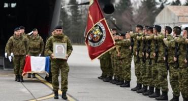 Tijelo preminulog vojnika, pripadnika Tigrova, prevezeno iz Litve u Hrvatsku