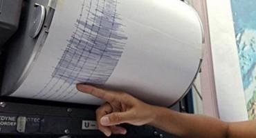 Potres uzdrmao Makarsku rivijeru, tresla se i Hercegovina