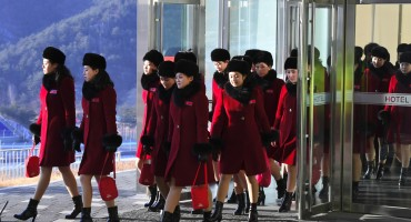 Sjeverna Koreja na ZOI poslala 229 pomno odabranih navijačica: Sva je pozornost uprta u njih