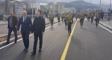 Mostar: Otvoren novoizgrađeni most preko Neretve
