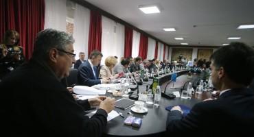 Sjednica o Karepovcu: 'Da nismo krenuli sa sanacijom, ovo ljeto imali bi Karepovac na ulicama'