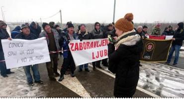 Branitelji ponovno blokirali Bijaču, niječu optužbe o politikanstvu