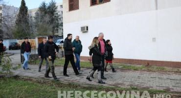 Mostar: Radnici Šuma HNŽ na ulici traže svoja prava