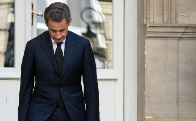 U NAS NEVIĐENO Bivši predsjednik Francuske ide u zatvor jer je obećavao posao za informacije