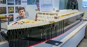 Svaka čast: 10-godišnjak s autizmom izgradio najveću repliku Titanica od lego-kockica