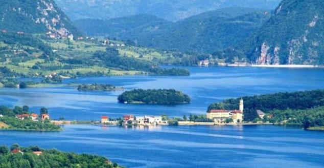 Razvoj turizma na tri jezera - Jablaničkog, Ramskog i Tribistovog