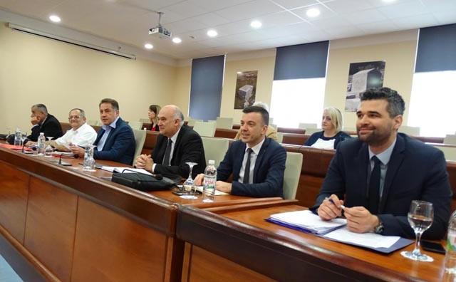 U Gradskoj vijećnici novi krug razgovora o Mostaru