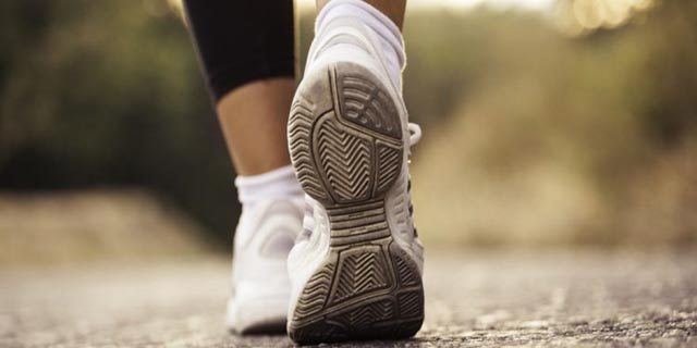 Znate li što sve za tijelo čini samo 30 minuta šetnje u danu?