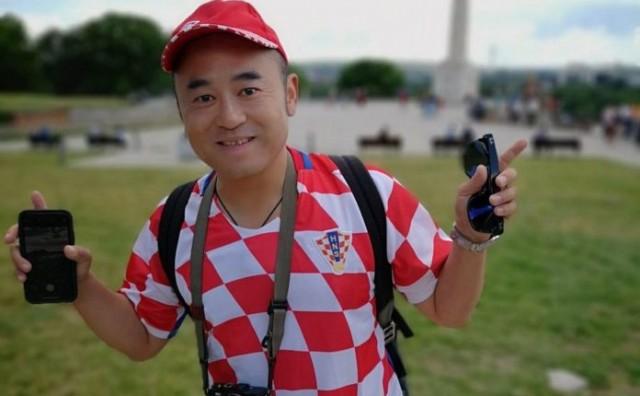 Japanac vatreni navijač: Promašio državu i sa Hrvatskim dresom se slikao u Beogradu