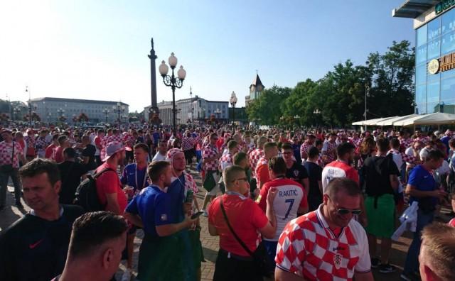 Bježite ljudi, bježite iz grada odjekuje ulicama Kalinjingradu