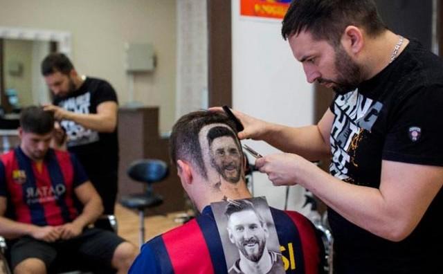 Novosadski frizer Mario napravio frizuru koju morate pogledat