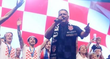 Luka Mišetić protiv medija koji su lažno izvještavali o dočeku hrvatske nogometne reprezentacije