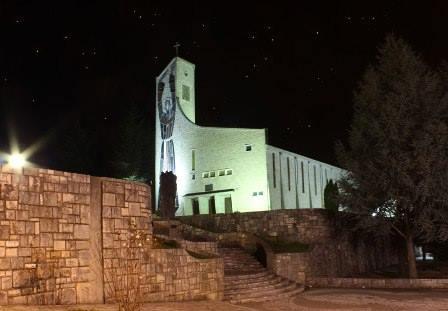 Crkvena zvona u Hercegovini sinoć zvonila za Hrvatsku i Vatrene