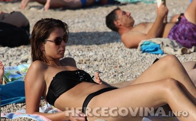 Malo da Vas osvježimo: Pogledajte fotografije sa najpoznatije dubrovačke plaže
