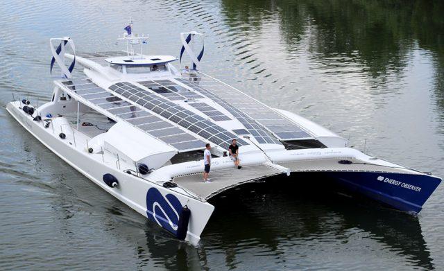 Prvi vodikov ekološki brod Energy Observer kraj Šibenika