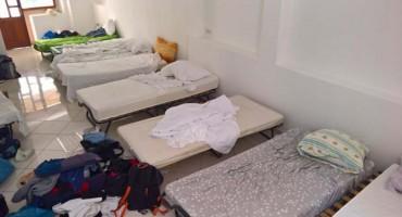 Pogledajte gdje spava 9 Ljubušaka dok rade kao sezonci u Makarskoj