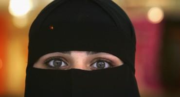 Prva žena u Danskoj kažnjena zbog nošenja nikaba