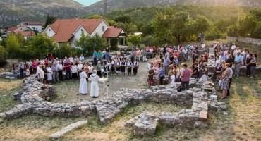 Sveta misa na temeljima ranokršćanske bazilike u Cimu