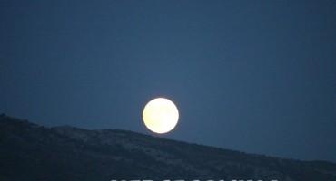 Pogledajte slike punog Mjeseca iznad Mostara