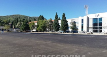 Mostar: Asfaltira se Sveučilišno igralište