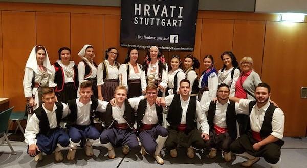 Oko dvije tisuće Hrvata okupilo se na Hercegovačkoj večeri u Gerlingenu kod Stuttgarta
