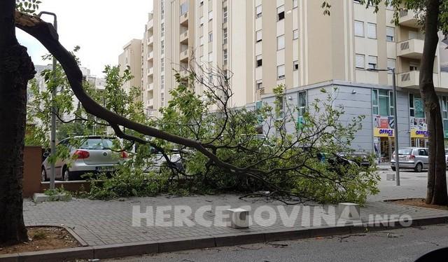 Izdat narandžasti meteoalarm: U BiH za vikend jak olujni vjetar
