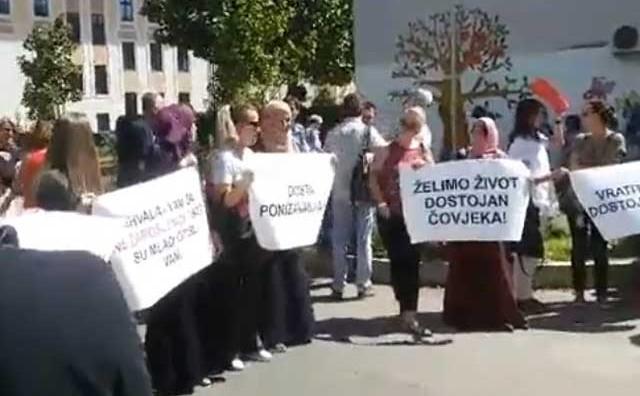 Prosvjednom šetnjom prosvjetari u HNŽ započeli bunt protiv Vlade HNŽ