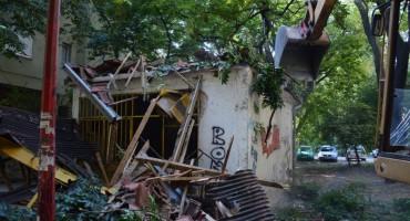 Mostar: Nastavak rušenja po gradu