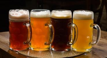 Genijalni trikovi za čišćenje s pivom. Riješite se mrlja, ispolirajte namještaj....