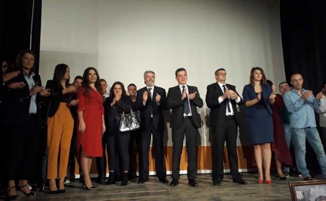 U Širokom Brijegu u odličnoj atmosferi održan završni predizborni skup koalicije HSP dr.AS - HDU BiH
