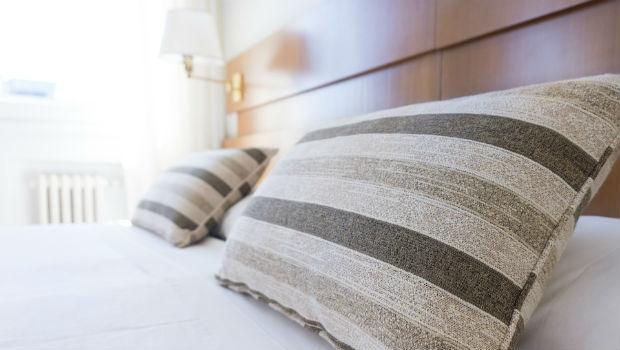 Evo kako je moguće uredno složiti posteljinu s gumicom!