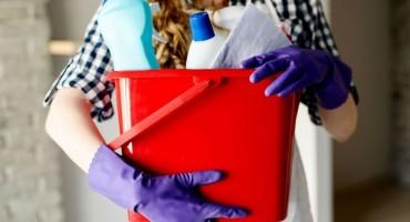 Super trik kako očistiti namještaj od mrlja