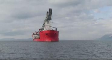 Uplovio je brod s opremom za gradnju Pelješkog mosta