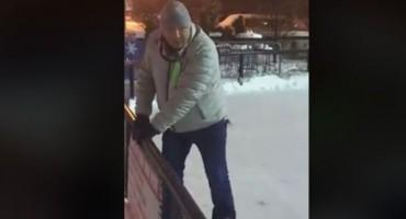 Plakanje od smijeha:  Umjetničko (s)klizanje jednog Bosanca: Ramiza, vodi me da uzmem čizme