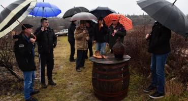 Vinogradari će nastaviti s mnogo ljubavi obrađivati svoje vinograde