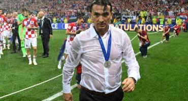 Hrvatska u šarenom sastavu izgubila od Tunisa, navijači ostali na stadionu unatoč velikom pljusku