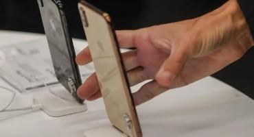 Cook najavio niže cijene iPhonea kako bi se unaprijedila prodaja