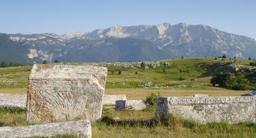 Hercegovački ponos: Žuljevite ruke ispružene prema nebu u molitvi