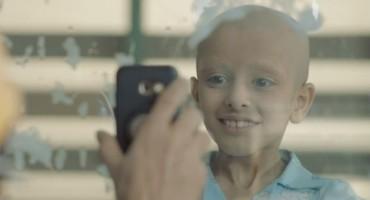 Dirljivi video koji pokazuje što je potrebno bolesnom djetetu