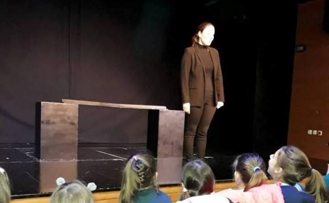 u Lutkarskom kazalištu Mostar odigrana predstava Koliko je duga jedna priča